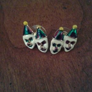 Nwot adorable clowns with purple and green paint